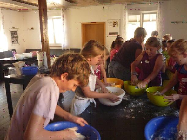 Sommerferienprogramm im Backhäusle Flacht 2016